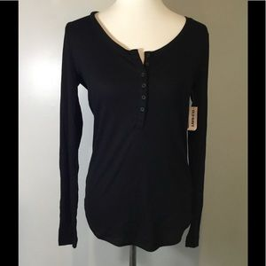 Old Navy Sz Medium Half Button Thermal Style Top